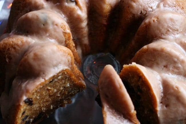 Vegan Rum Raisin Cake Recipe | Your Daily Vegan