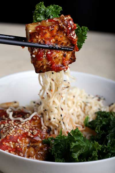 Tofu Ramen Recipe from Olives for Dinner | The Great Big Vegan Tofu Guide | Your Daily Vegan
