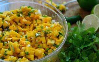 vegan-mango-salsa