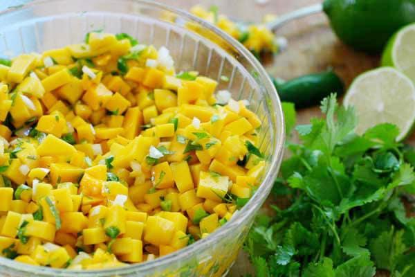 vegan mango salsa
