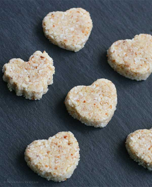 Vegan Coconut Almond Heart-Shaped Macaroons - Your Daily Vegan