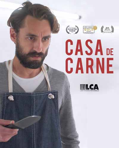 Cover for the film, Casa de Carne, featuring a man holding a knife on a white background.